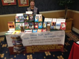 jolyn-at-central-fl-author-expo